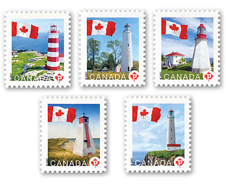 Cinq timbres-poste au tarif du régime intérieur, chacun illustrant