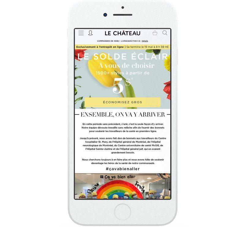 Sur son site Web, Le Château a fait la promotion d'un solde éclair en proposant plus de 1 500 articles à 5 $.